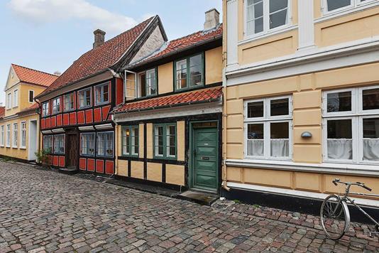 Villa på Smedegade i Ærøskøbing - Ejendommen