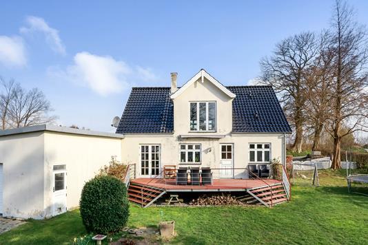 Villa på Hundtofte i Stenstrup - Ejendommen