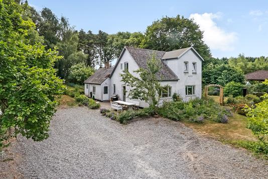 Villa på Damvej i Hesselager - Ejendommen