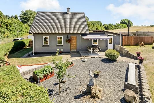 Villa på Egebjergvej i Stenstrup - Ejendommen