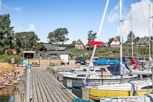 Villa på Strandvej i Vester Skerninge - Område