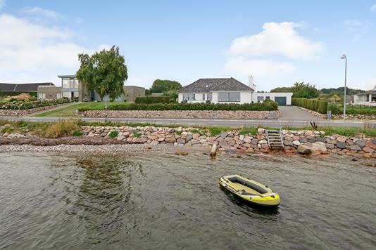 Villa på Skårupøre Strandvej i Svendborg - Ejendommen