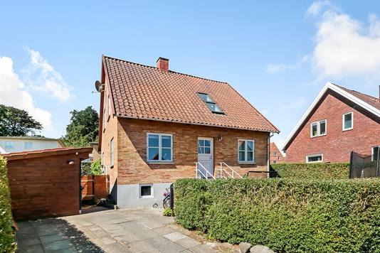 Villa på Smedevænget i Svendborg - Ejendommen