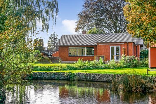 Villa på Albjergvej i Oure - Have