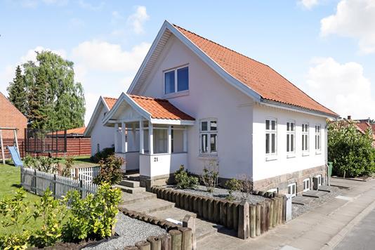 Villa på Østergade i Hesselager - Ejendommen