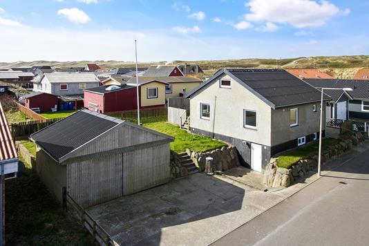 Villa på Vinbjergvej i Hvide Sande - Ejendommen