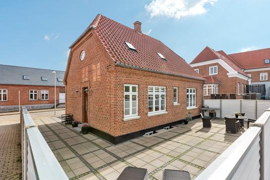 Villa på St Blichers Vej i Ringkøbing - Facade