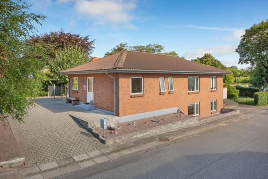 Villa på Enighedsvej i Ringkøbing - Ejendommen