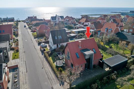 Villa på Kaj Munks Vej i Ringkøbing - Luftfoto