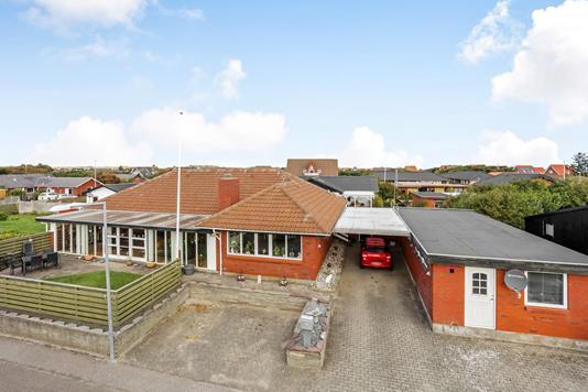 Villa på Mågevej i Hvide Sande - Ejendommen