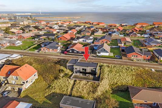 Villa på Bakkevej i Hvide Sande - Luftfoto