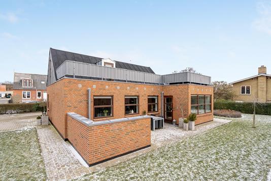 Villa på Kaj Munks Vej i Ringkøbing - Ejendommen