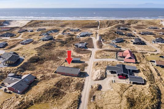 Fritidsbolig på Karen Brands Vej i Hvide Sande - Luftfoto