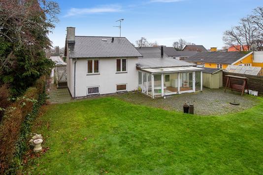 Villa på Strongvej i Taastrup - Set fra haven