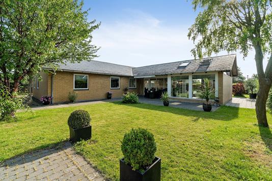 Villa på Hegnstoften i Taastrup - Set fra haven