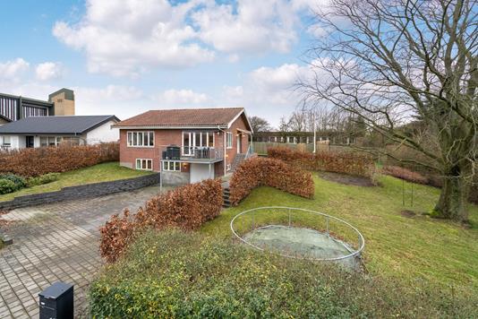 Villa på Birke Alle i Aalborg SV - Ejendommen