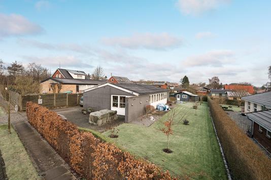 Villa på Højbovangen i Aalborg SV - Ejendommen