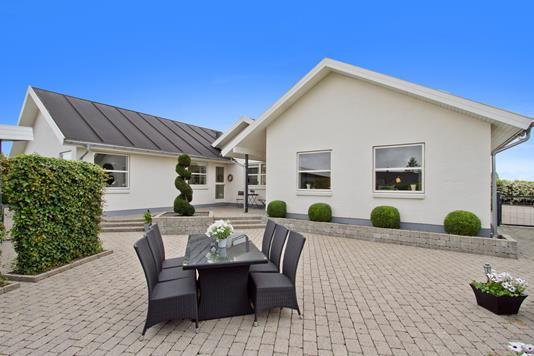 Villa på Brahmsvej i Aalborg SV - Terrasse