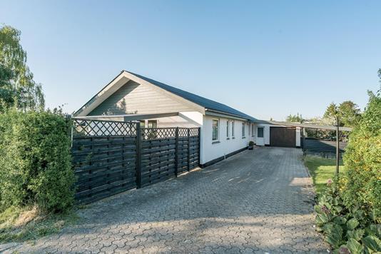 Villa på Offenbachsvej i Aalborg SV - Ejendommen