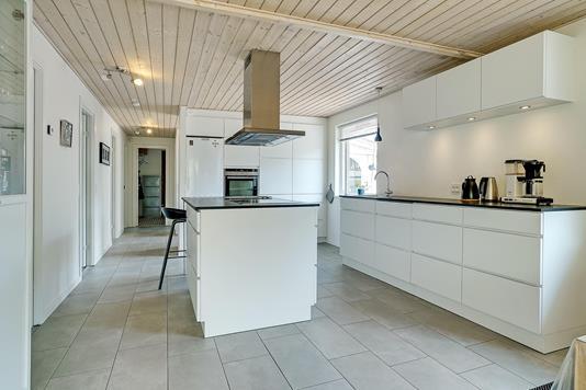 Villa på Lucernevej i Klarup - Køkken