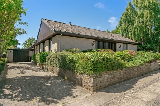 Villa på Havebakken i Aalborg SV - Ejendommen
