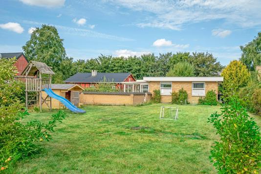 Villa på Kettrup Alle i Aalborg SV - Ejendommen