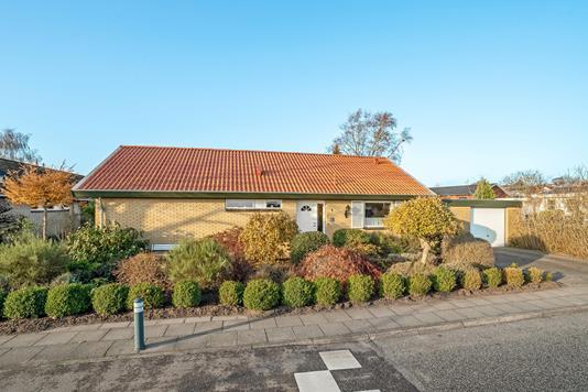 Villa på J. P. Jacobsens Vej i Aalborg SV - Ejendommen