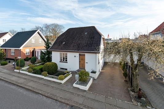 Villa på Østervangsvej i Aalborg - Ejendommen