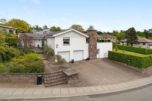 Villa på Regnar Juels Vej i Aalborg SØ - Ejendommen