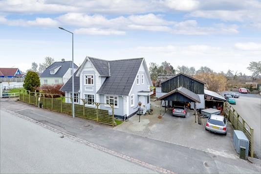 Villa på Gammel Næstvedvej i Ringsted - Ejendommen