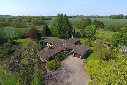 Villa på Klintemarksvej i Ringsted - Ejendommen