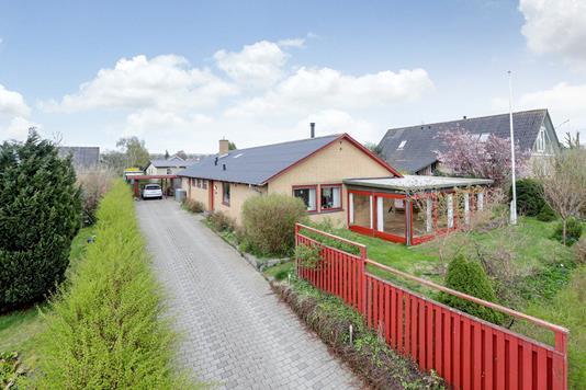 Villa på Elmevej i Ringsted - Ejendommen
