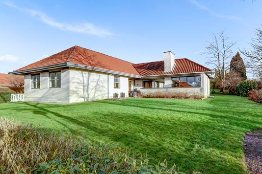 Villa på Maglemosevej i Ringsted - Ejendommen