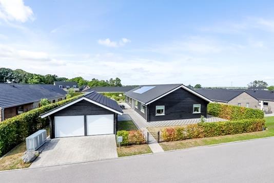 Villa på Baretten i Ringsted - Ejendommen