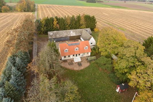 Villa på Hjelmsømaglevej i Ringsted - Ejendommen