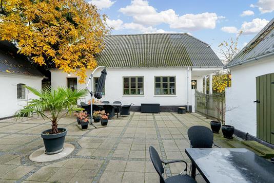 Villa på Sletskovvej i Herlufmagle - Ejendommen