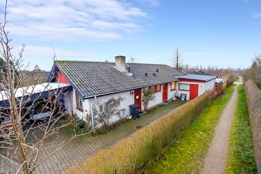 Villa på Nellikevænget i Herlufmagle - Ejendommen