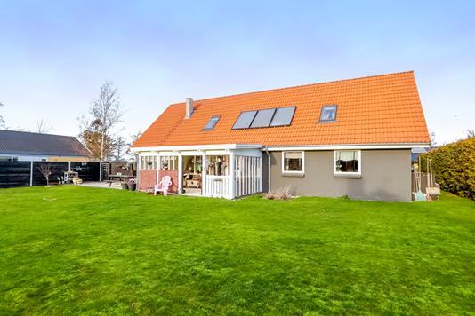 Villa på Præstbrovej i Ringsted - Ejendommen