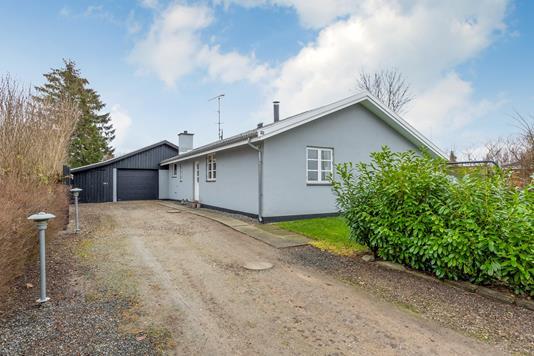 Villa på Slangerupvej i Ringsted - Ejendommen