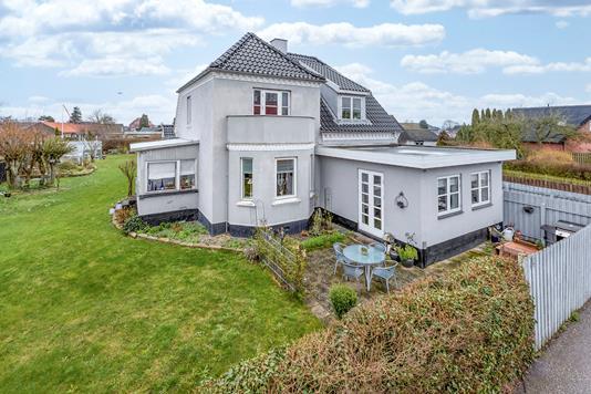 Villa på Holbækvej i Ringsted - Ejendommen