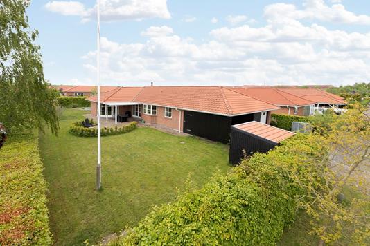 Villa på Klosteråsen i Ringsted - Ejendommen