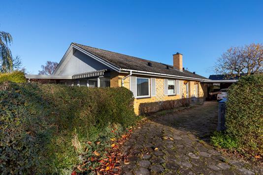 Villa på Pilevangen i Ringsted - Ejendommen