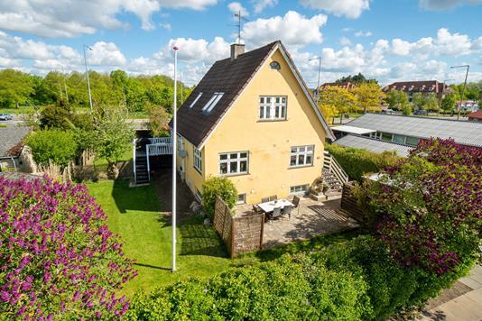 Villa på Kærbyvej i Rødovre - Set fra haven