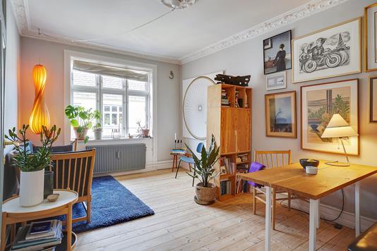 Ejerlejlighed på P.D. Løvs Allé i København N - Spisestue