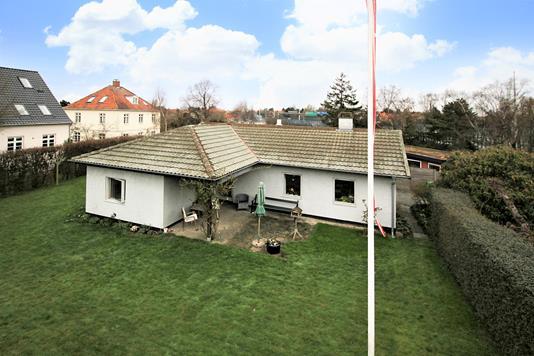 Villa på Lyngbyvej i Hellerup - Ejendommen