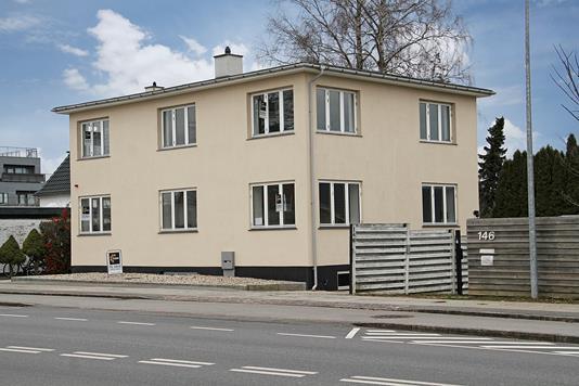 Ejerlejlighed på Buddinge Hovedgade i Søborg - Ejendommen