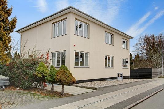 Villa på Buddinge Hovedgade i Søborg - Andet