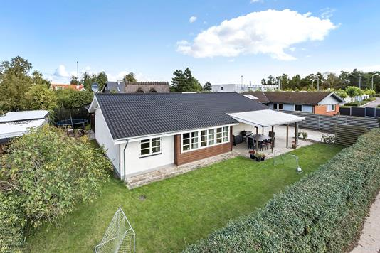 Villa på Karlslunde Mosevej i Karlslunde - Andet