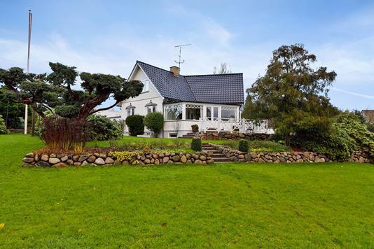 Villa på Furesøbakken i Birkerød - Set fra haven