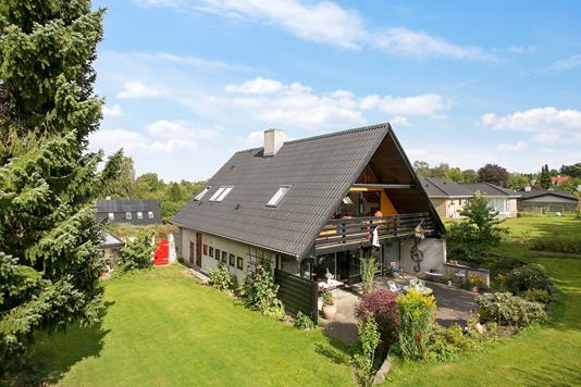 Villa på Tornevænget i Birkerød - Ejendommen